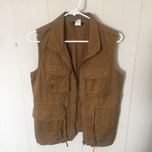 Excursion vest